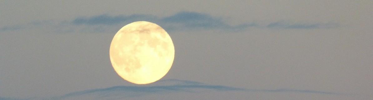 full-moon-460316_1920